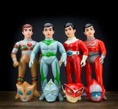 Standard Size sofubi bros. All made by Bullmark around 1972. #Triple Fighter (トリプルファイター), #Mirrorman (ミラーマン),  #Redman (レッドマ) and #Godman (ゴッドマン)  #Bullmark #ブルマーク #トリプルファイター #ミラーマン #レッドマ #行け!#ゴッドマン #巨大ヒーロー #alien #space #hero #Tokusatsu #vintagetoys #japanesetoys #japan #sofubi #sofvi #ソフビ #kaiju