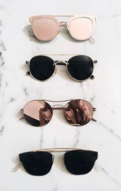 Fashion Jewelry Choosing the Right Length for your Necklace Trendy sunglasses for women Must-Have Items for a Bohemian Ray Ban Sunglasses, Mirrored Sunglasses, Round Sunglasses, Summer Sunglasses, Sunglasses For Girls, Types Of Sunglasses, Wooden Sunglasses, Chanel Sunglasses, Women's Sunglasses