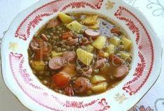 Čočková polévka s párkem - Recepty.cz - On-line kuchařka Czech Recipes, Ethnic Recipes, Chana Masala, Stew, Soup Recipes, Chili, Oatmeal, Meat, Breakfast