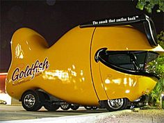 Funny pictures cars models: art used car images website. Entertainment black humour cars exhibition, very Funny picture of automobiles. Strange Cars, Weird Cars, Crazy Cars, Porsche, Pt Cruiser, Bizarre, Cute Cars, Funny Cars, Car Images
