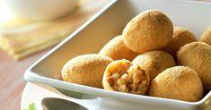 Gefüllte, frittierte Reisbällchen ist ein Rezept mit frischen Zutaten aus der Kategorie Reis. Probieren Sie dieses und weitere Rezepte von EAT SMARTER!