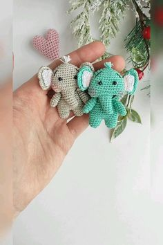 The Effective Pictures We Offer You About crochet A quality picture can tell you many things. Crochet Elephant, Crochet Baby, Elephant Pattern, Crochet Toys Patterns, Amigurumi Patterns, Crochet Brooch, Crochet Earrings, Crochet Keychain, Half Double Crochet