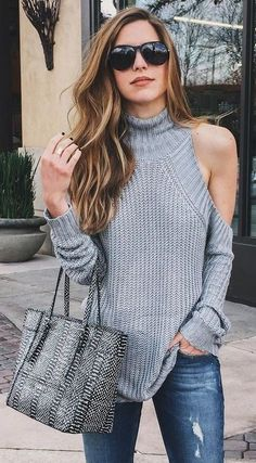 Love the sweater! Gorgeous!