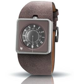 Lip watch MYTHIC mole. Purchase 1871272-671143 made in France quartz movement