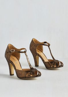 T strap party shoes. 1920s - 1930s inspired style. $69