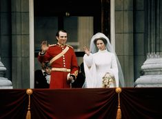 Royal Wedding Princess Anne marries Mark Phillips on November 14 Queen Victoria Descendants, Princess Victoria, Royal Brides, Royal Weddings, Princess Margaret, Princess Mary, King George Brother, Princess Anne Wedding, Timothy Laurence