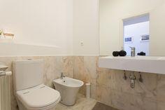 WC  - suite  D'CASTRO Apartment - Rua Cais de Santarém nº32 1ºesq.  NO AirBnB