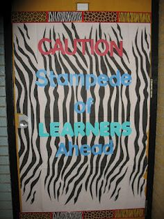 Keeping Up With First Grade: My Zebra/Jungle Classroom!