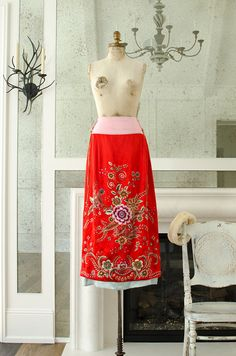 Vintage Chinese Silk Hand Embroidered Women's by HouseofSeance
