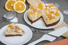 Sinaasappel cheesecake met kruidnotenbodem. Deze taart smaakt gewoon naar Sinterklaas! Perfect om te maken voor pakjesavond