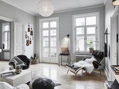 Scandinavian bright white simple living mix cool Brass details music - Pernilla chair