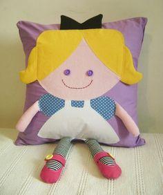 Almofada Alice no País das Maravilhas