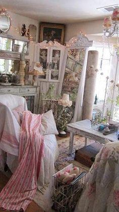 Beautiful Room is Shabby Chic Romantic Shabby Chic, Shabby Chic Pink, Vintage Shabby Chic, Shabby Chic Style, Shabby Chic Decor, Romantic Cottage, Shabby Chic Interiors, Shabby Chic Bedrooms, Shabby Chic Furniture