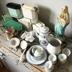 Scored big time finding French and European treasures right here in Portland, Oregon! Lots of enameware lunch pails, pitcher, coffee pot, butter dish, comb basket, tea strainer, even a Madonna statue and tiny ramekins! Great day :)