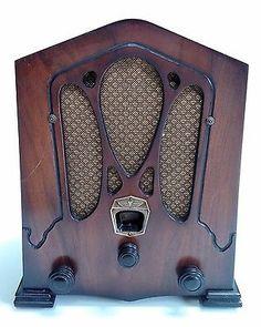 Jackson-Bell-Gilfillan-Model-4-Mini-Vacuum-Tube-Tombstone-Radio-RARE
