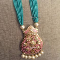 Customised this beautiful pastel meenakari necklace for a mehendi bride How amazing does the pink and mint look together Price - INR 6500 :) Stylish Jewelry, Dainty Jewelry, Cute Jewelry, Crystal Jewelry, Boho Jewelry, Bridal Jewelry, Antique Jewelry, Beaded Jewelry, Beaded Necklace