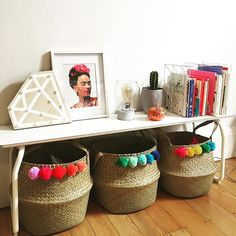 pom pom garland baskets (Choose the colors of the one in the middle)