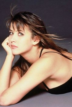 The Universal Man Bond Girls, Most Beautiful Faces, Beautiful Women, Sophie Marceau Photos, French Beauty, Classic Beauty, Jenifer Aniston, Beauty Shots, French Actress