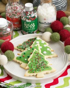 Best Sugar Cookies   Perfect cut-out cookies for all holidays and celebrations @lizzydo