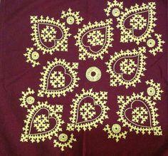 Embroidery Neck Designs, Hand Embroidery Videos, Hand Work Embroidery, Embroidery Motifs, Creative Embroidery, Machine Embroidery, Abaya Pattern, Kutch Work Designs, Neckline Designs