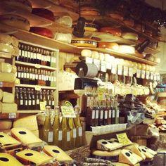 De Kaaskamer - The local Cheese shop