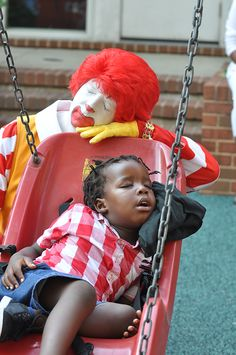 Sleepy heads at the Ronald McDonald House. Precious Children, Beautiful Children, Idiopathic Hypersomnia, Clown Costumes, Ronald Mcdonald House, Sleepy Head, Send In The Clowns, Kodak Moment, Kids Zone