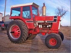International Tractors, International Harvester, Farmall Tractors, Ih, Black Stripes, Childhood, Antiques, Antiquities, Infancy