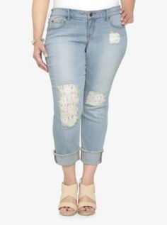 Torrid White Label Cropped Boyfriend Jean - Light Wash with Destruction