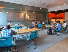 Modern Coworking: WELD Collaborative Work & Studio Space in Dallas, Texas by Megan Wilkes Coworking Space, Commercial Design, Commercial Interiors, Office Interior Design, Office Interiors, Startup Office, Shared Office, Cool Office, Open Office