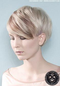 kurzhaar frisuren on pinterest undercut blonde pixie. Black Bedroom Furniture Sets. Home Design Ideas