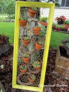 51 Ideas For Diy Garden Art Ideas Terracotta Pots Succulents Garden, Planting Flowers, Flowers Garden, Succulent Planters, Diy Flowers, Cascading Flowers, Succulent Wall, Hanging Planters, Summer Flowers