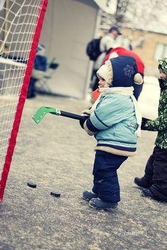 teeny hockey. My kids will definitely be raised in a hockey family!