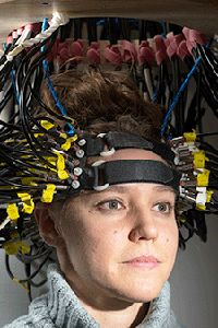 RESEARCHERS CLOSE IN ON THE DREAM OF A SAFE, PORTABLE BRAIN SCANNER.