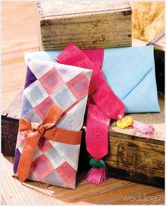 [예단] 전통의 멋을 더한 예단 보자기 포장법 - 3 < 웨딩뉴스 < 월간웨딩21 웨프 Korean Traditional, Gift Packaging, Hand Sewing, Origami, Needlework, Wraps, Gift Wrapping, Asian, Logo
