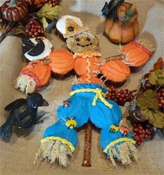Cupcake scarecrow, Autumn, Fall and Thanksgiving Fun Foods & Creative Cuisine