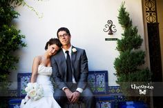 Real Wedding: Ashley & John - The Bride's Cafe; Photography: Theorie