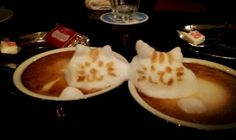 3 dementional cappuccino's. #3d #latteart    海外でも話題の日本人が作る立体ラテアート!3Dカプチーノ制作のポイントを教えてもらっちゃったよ♪