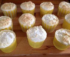 Rezept Lemoncurd Cupcakes mit Baiserhaube von dreamtina - Rezept der Kategorie Backen süß