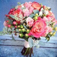 Peach garden wedding. Hypericum, peach garden roses, euc. wedding bouquet.