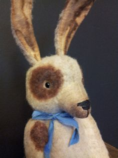 Hey, I found this really awesome Etsy listing at https://www.etsy.com/listing/285653529/primitive-bunny-rabbit-ooak