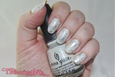 Frosty Winter nails