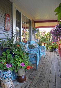 La Maison Boheme: Cutest porch EVER...