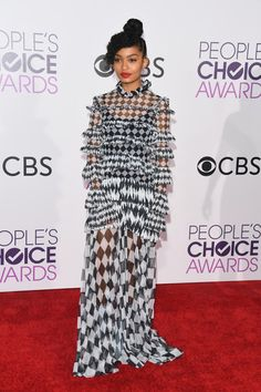 Pulling off a graphic maxi this fierce with a red lip would make us cry happy tears for days - The Best Style Tips We Learned From Yara Shahidi  - Photos