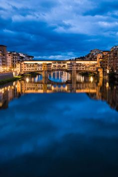 Ponte Vecchio,  Florence, Italy .
