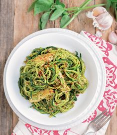 One-Pot Paleo Recipes That Are Equal Parts Simple And Delicious. Loved the zucchini pesto chicken but just as good with purchased pesto and rotisserie chicken Paleo Recipes Easy, Whole 30 Recipes, Cooking Recipes, Paleo Meals, Batch Cooking, Paleo Food, Delicious Recipes, Tasty, Clean Eating