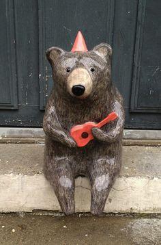Ceramic ukulele playing bear by Nathalie Choux Ceramic Animals, Clay Animals, Wild Animals, Ceramic Pottery, Ceramic Art, Art D'ours, Cerámica Ideas, Sculptures Céramiques, Ideias Diy