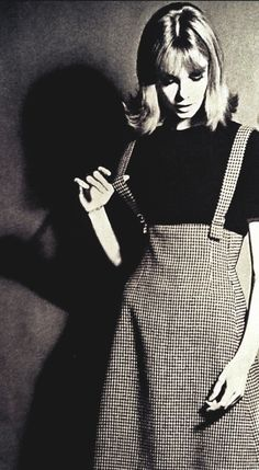 Jean Shrimpton in Vogue September 1962: I must copy her tweed skirt~love the shaping at the waist minus the straps