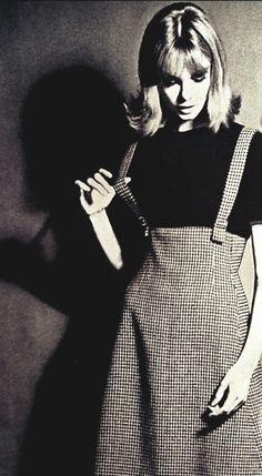Jean Shrimpton in Vogue September 1962
