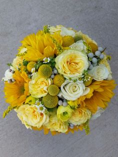 Sunshine yellow bridal bouquet by Fleurt Floral Art