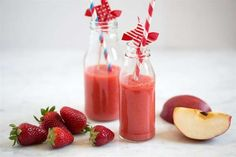 52 Healthy Nutribullet Recipes to Help You Lose Weight. These Low-Calorie Breakfast Smoothies are not only Highly Popular but also Super Easy to Make. Low Calorie Breakfast, Health Breakfast, Breakfast Smoothies, Healthy Drinks, Healthy Dinner Recipes, Diet Recipes, Healthy Snacks, Diet Drinks, Soup Recipes